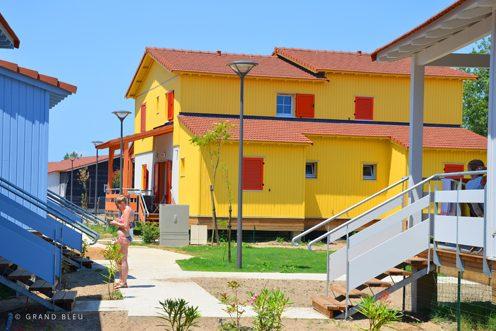 MOA : SNC VINCI Immobilier Résidences Services | MOE : Jean de Ligondes Architecte et Associés |© Grand Bleu