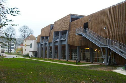 MOA : Fédération Francaise de Rugby |MOE : Atelier FERRET Architecture | Mandataire : EIFFAGE Construction