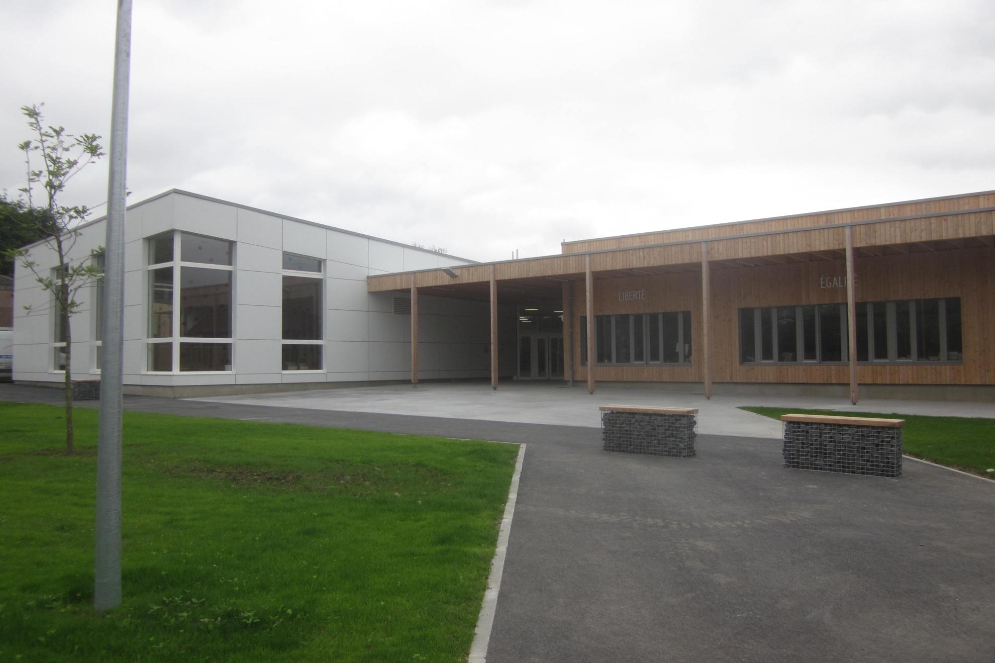 TEMPLEUVE_Groupe scolaire_FARGEOT_2014-05-28 (4)